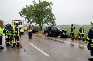 Verkehrsunfall_Guenzburg_Niederstotzingen_23052016_2